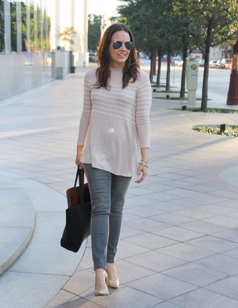Casual Fall Outfit | Blush Pink Sweater | Gray Skinny Jeans | Lady in Violet Houston Fashion Blogger