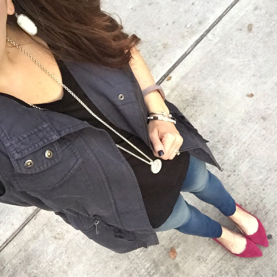 Casual Outfit | Utility Vest | Skinny Jeans | Houston Fashion Blog Lady in Violet