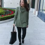 Athleisure Travel Outfit + The Best Black Leggings & LINK UP