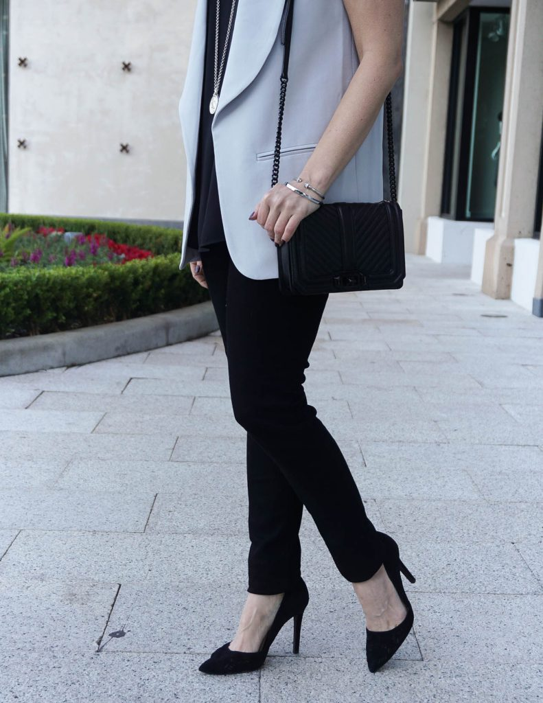 Casual New Year's Eve Outfit | Black Skinny Jeans | Black Heels | Houston Fashion Blogger Lady in Violet