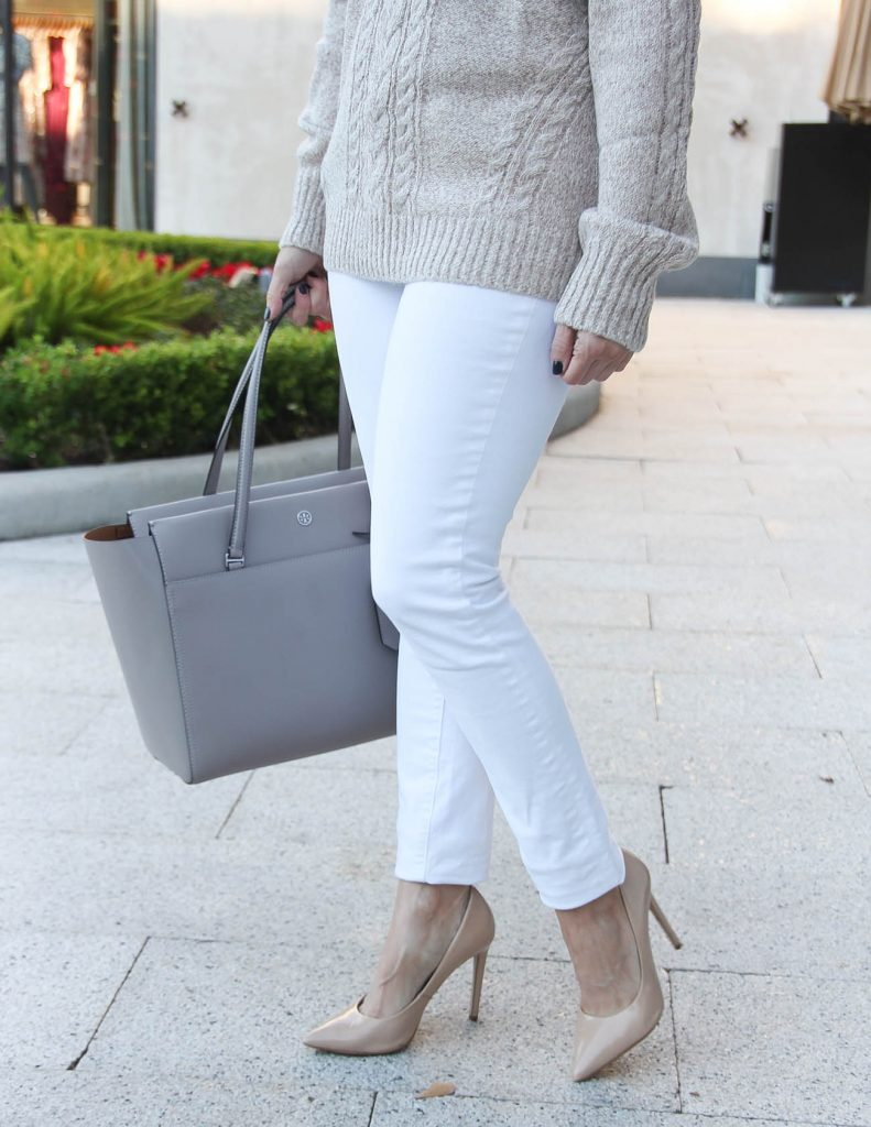How to Wear White Jeans in Winter | Holiday Outfit Idea | Houston Fashion Blogger Lady in Violet