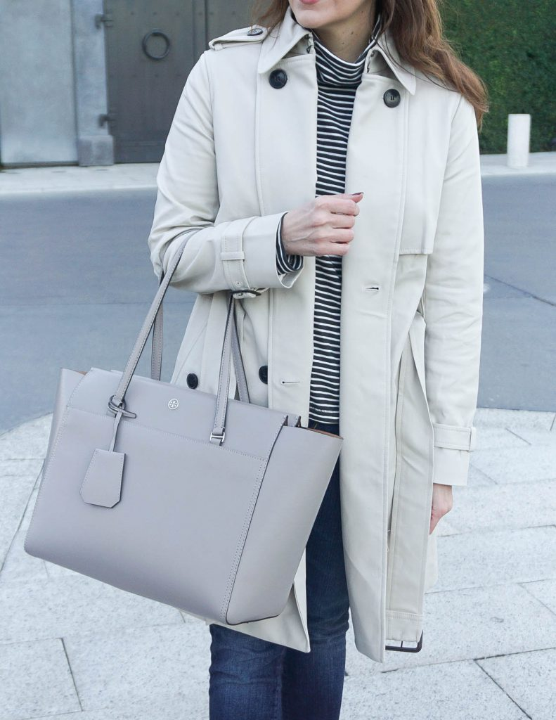 Fall Outfit | Classic Trench Coat | Tory Burch Purse | Houston Fashion Blogger Lady in Violet