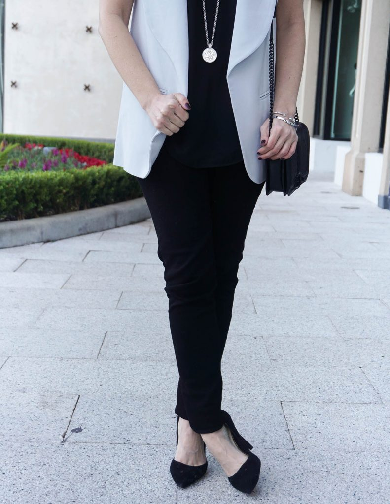 Fall Outfit | Black Skinny Jeans | Dorsay Heels | Houston Fashion Blogger Lady in Violet