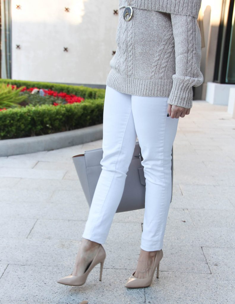 Winter Holiday Outfit | White Skinny Jeans | Cable Knit Sweater | Houston Fashion Blogger Lady in Violet