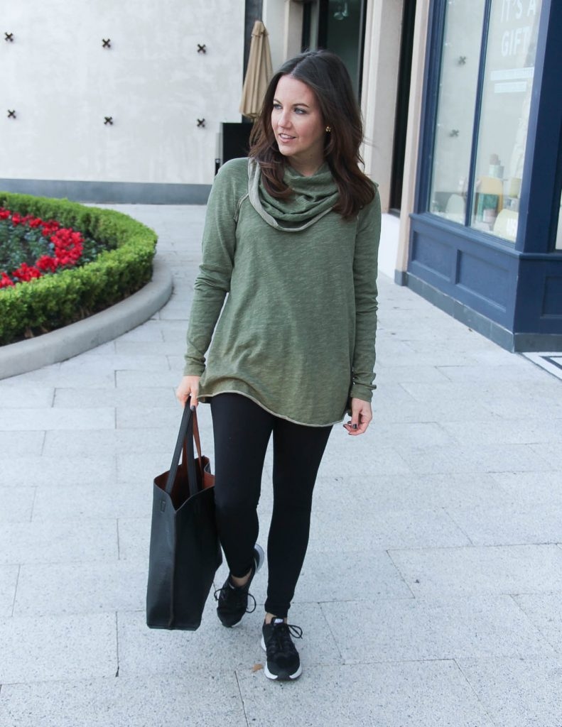 Holiday Travel Outfit | Black Leggings | Olive Pullover | Houston Fashion Blogger Lady in Violet