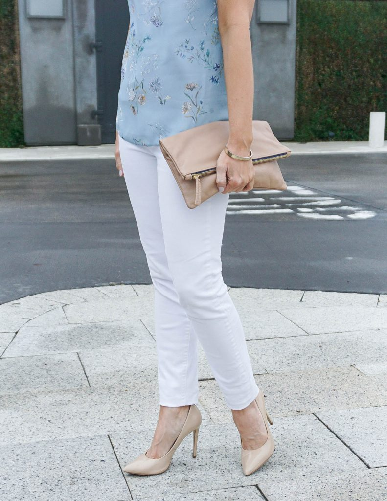 Spring Outfit | White Skinny Jeans | Clare V Foldover Clutch | Houston Fashion Blogger Lady in Violet