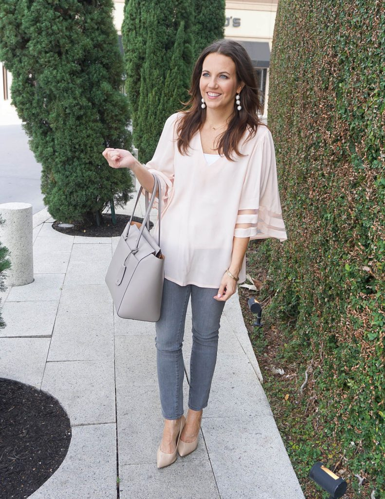 Casual Spring Outfit | Pink Flowy Top | Gray Jeans | Houston Fashion Blogger Lady in Violet
