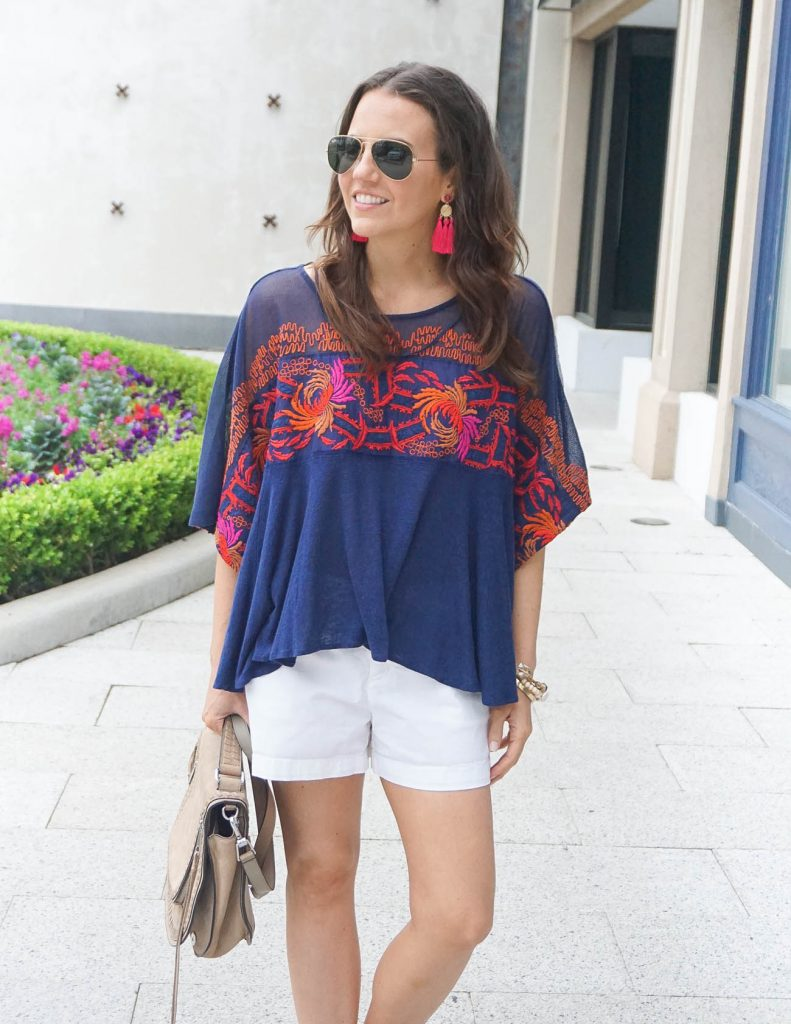 Vacation Outfit | White Shorts | Navy Tee | Houston Fashion Blogger Lady in Violet