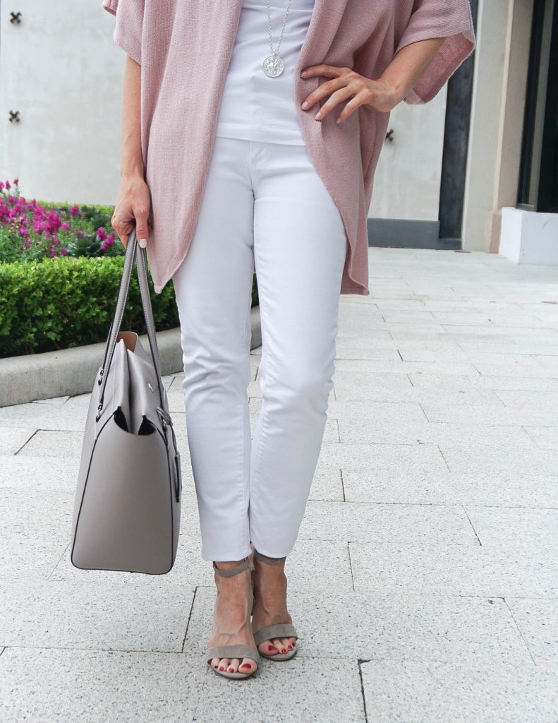 Spring Outfit | White Skinny Jeans | Taupe Block Heel Sandals | Houston Fashion Blogger Lady in Violet