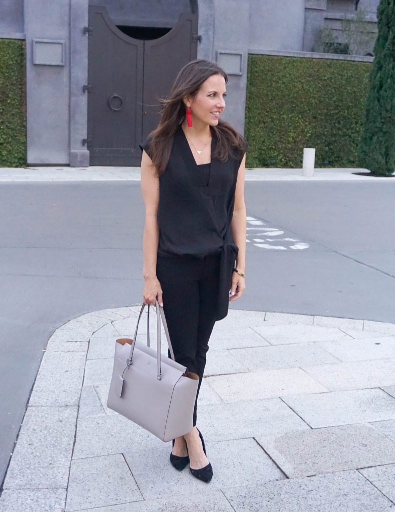 Work Outfit | Black Sleeveless Blouse | Skinny Work Pants | Houston Fashion Blogger Lady in Violet