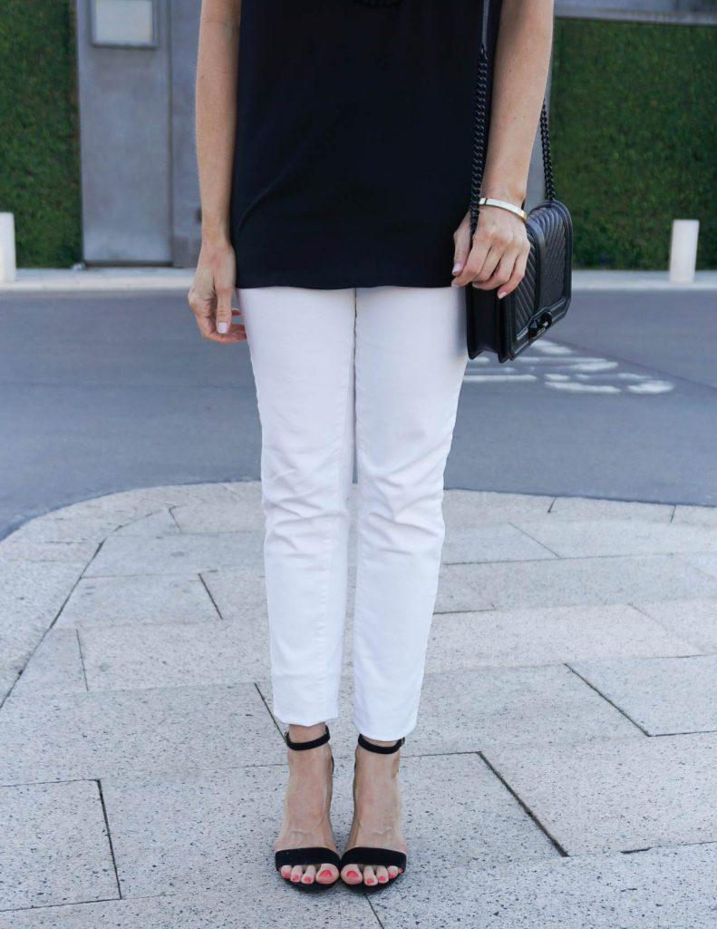Spring Outfit | White Skinny Jeans | Black Block Heel Sandals | Houston Fashion Blogger Lady in Violet