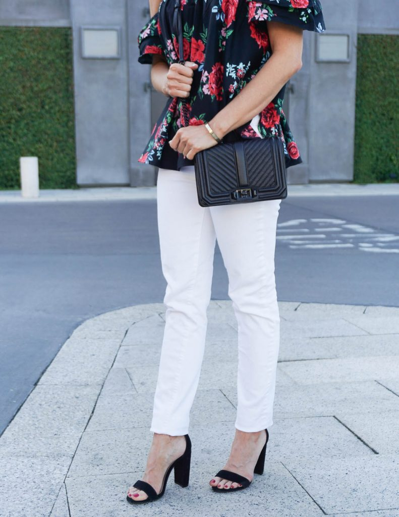Weekend Outfit | White Skinny Jeans | Black Block Heel Sandals | Houston Fashion Blogger Lady in Violet