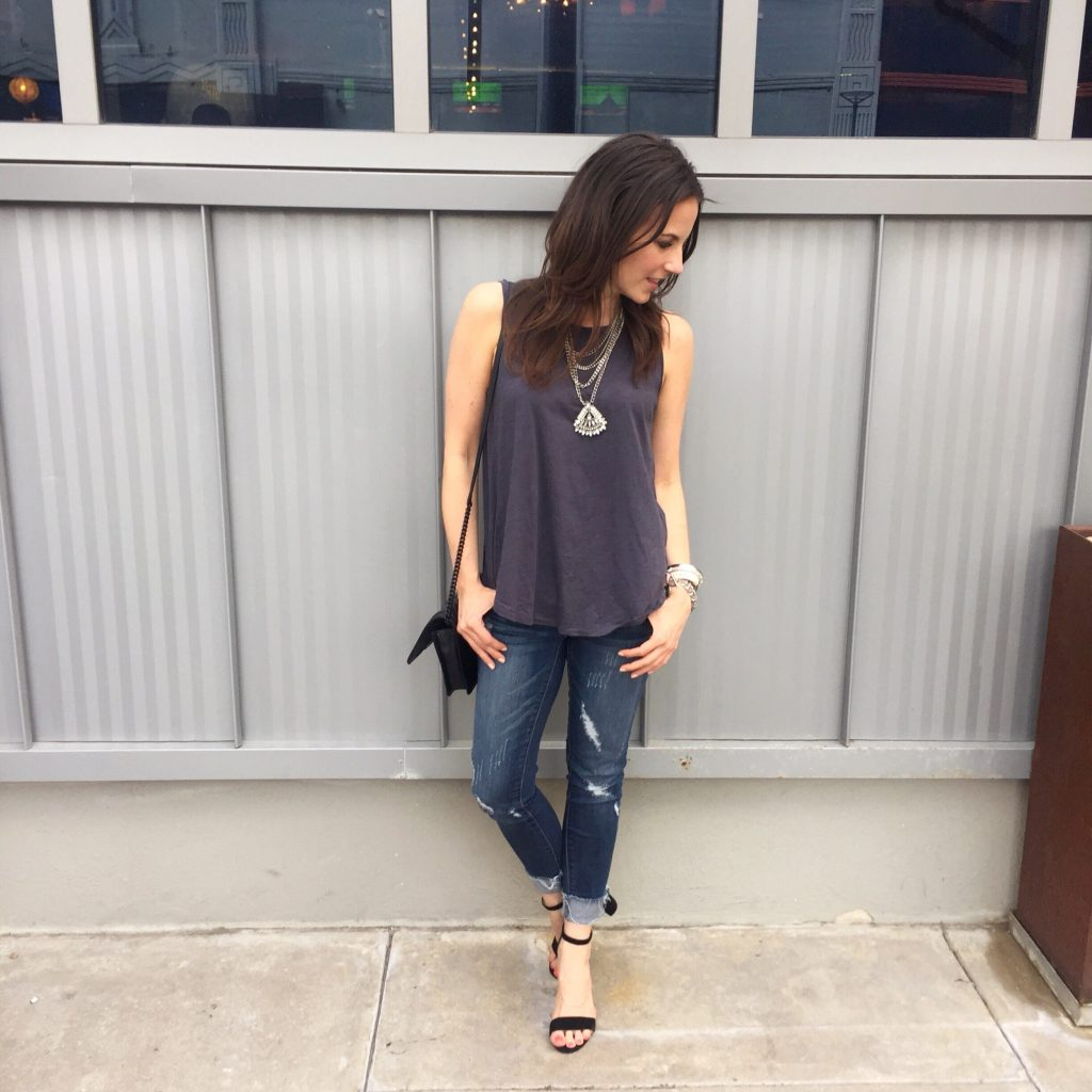 Concert Outfit | Gray Tee | Distressed Jeans | Block Heel Sandals | Houston Fashion Blogger Lady in Violet