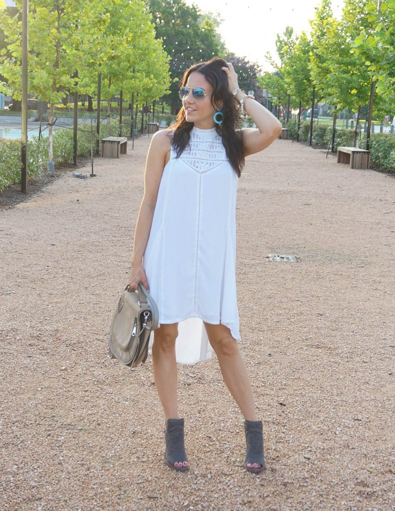what to wear to white linen night houston | casual summer dress | turquoise earrings | Houston Fashion Blogger Lady in Violet