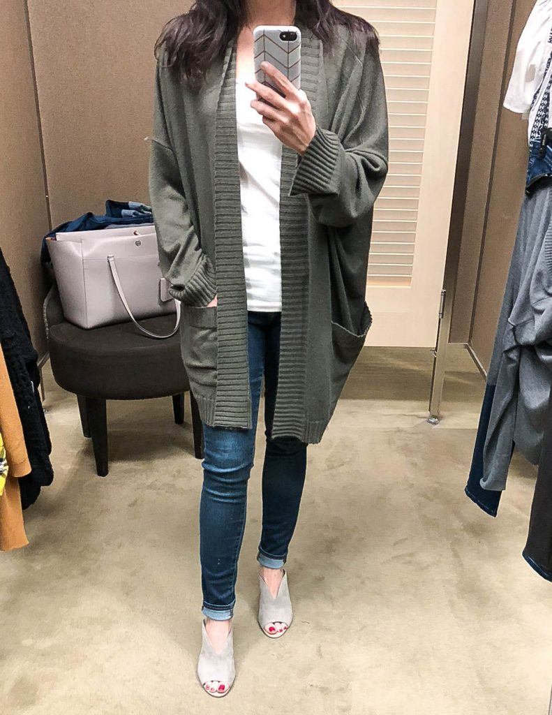 fall fashion | olive green oversized cardigan | gray suede mules | Houston Fashion Blogger Lady in Violet