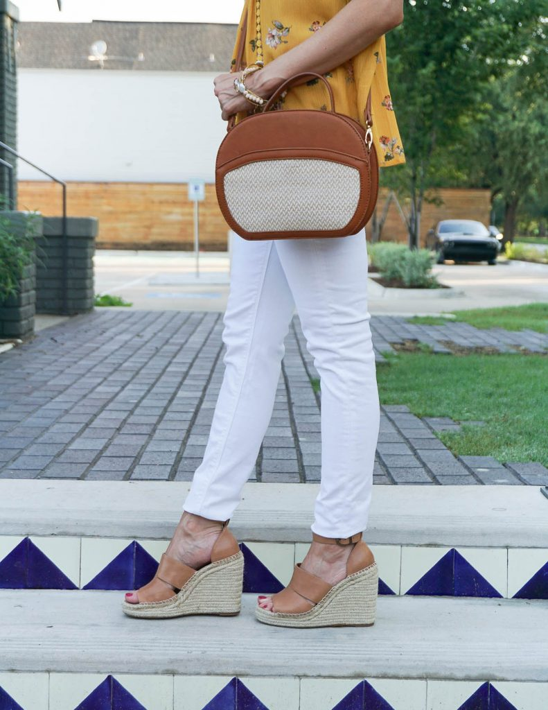 Casual Summer Outfit | White Skinny Jeans | Espadrille Wedges | Houston Fashion Blogger Lady in Violet