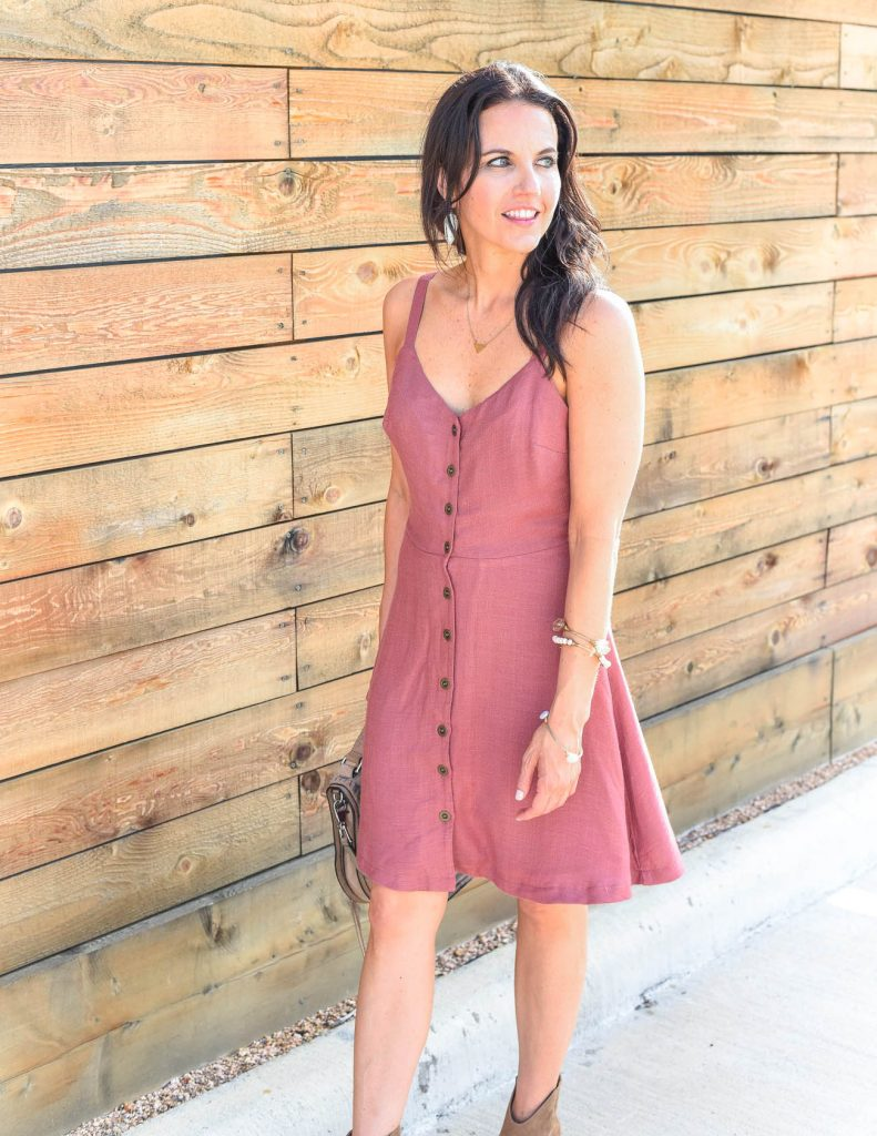 weekend outfit | pink button front dress | kendra scott earrings | Houston Fashion Blogger Lady in Violet