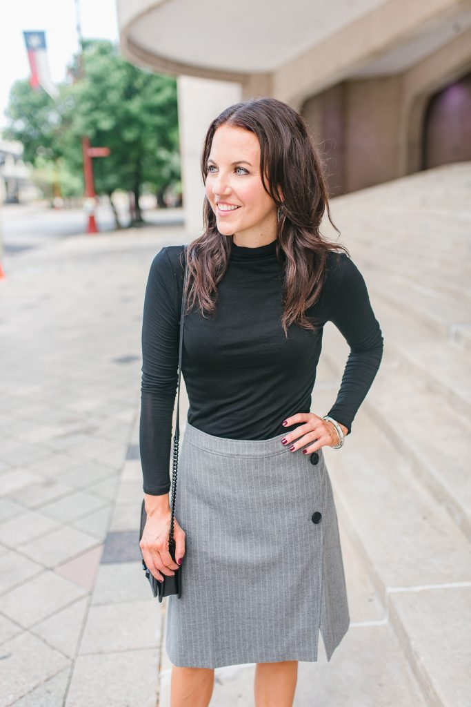 Workwear | black turtleneck | gray pencil skirt | Houston Fashion Blogger Lady in Violet