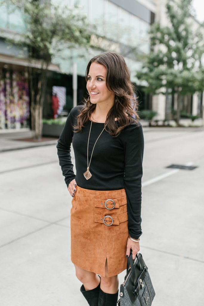 Fall outfit | black long sleeve tee | suede mini skirt | Houston Fashion Blogger Lady in Violet