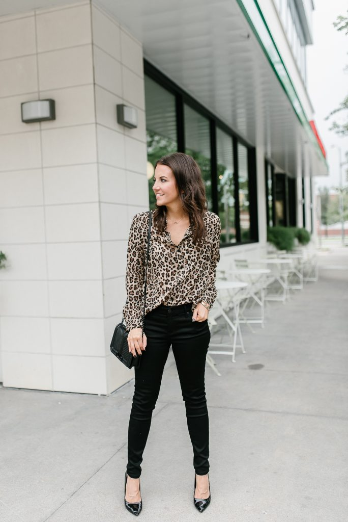 how to wear leopard print | black skinny jeans | Popular Houston Fashion Blogger Lady in Violet