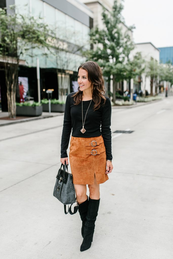Fall outfit | suede mini skirt | black long sleeve tee | Houston Fashion Blogger Lady in Violet