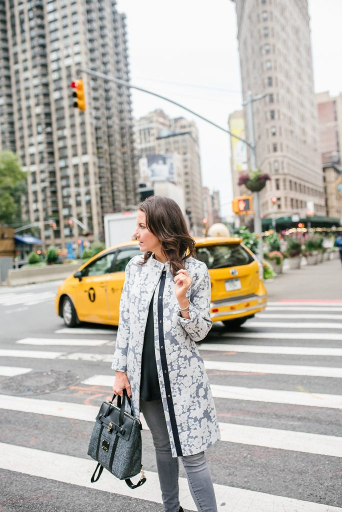 fall outfit | blogger nyc taxi photo | gray floral coat | henri bendel mini jetsetter bag | Houston Fashion Blogger Lady in Violet