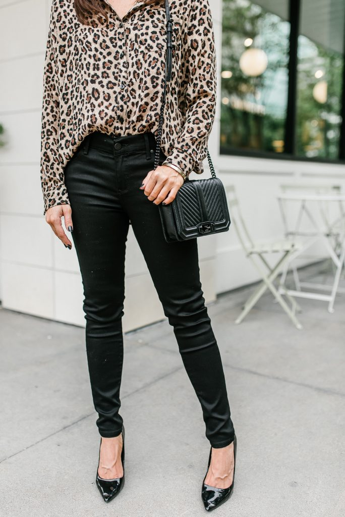 what to wear with leopard print | black skinny jeans | Houston Fashion Blogger Lady in Violet