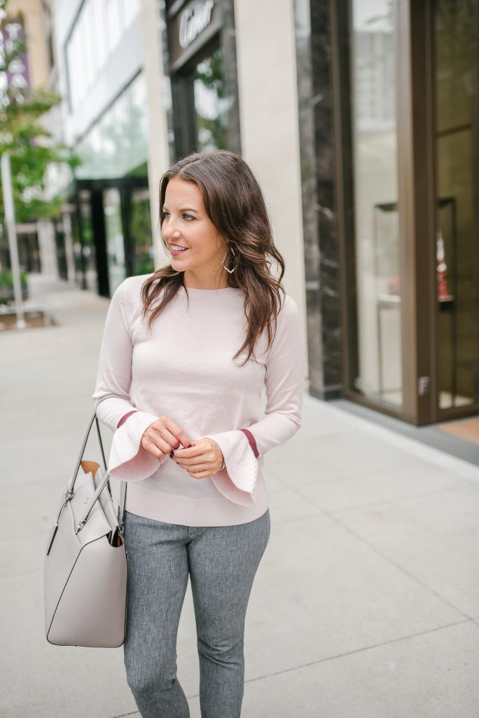 Fall workwear | blush pink sweater | tory burch tote bag | Petite Fashion Blogger Lady in Violet