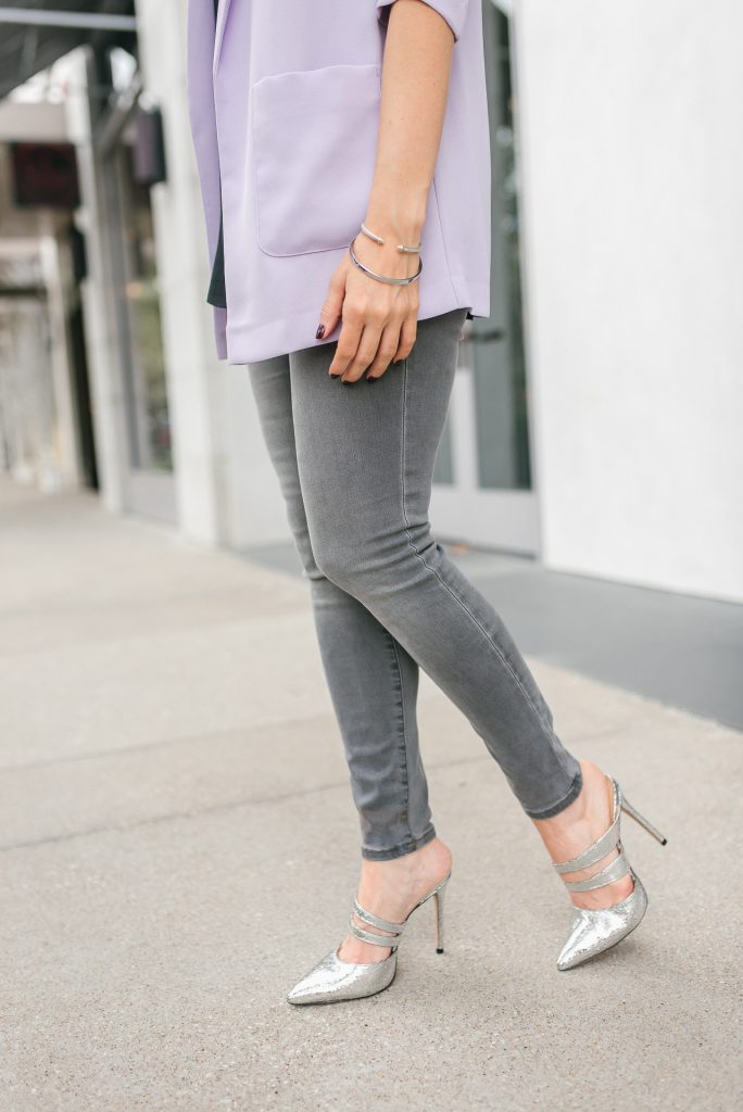 date night outfit | gray skinny jeans | silver metallic heels | Houston Fashion Blogger Lady in Violet