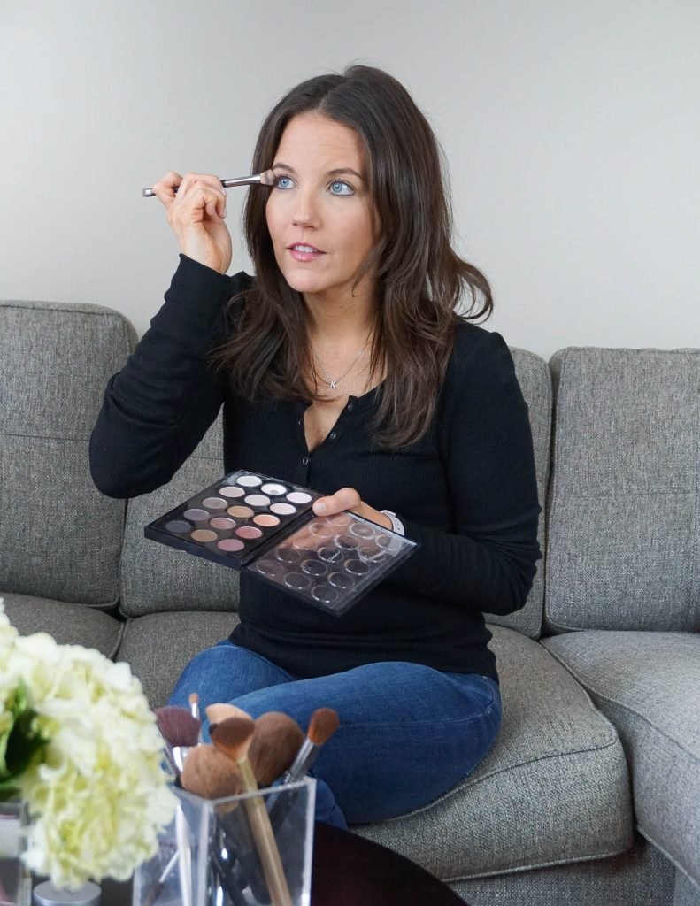 how to apply eyeshadow like a professional | Houston Beauty Blogger Lady in Violet