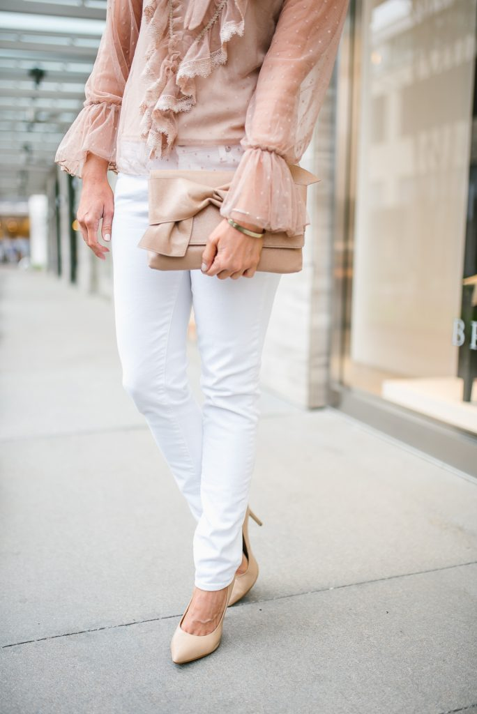 Spring outfit | white skinny jeans | nude heels | Petite Fashion Blogger Lady in Violet