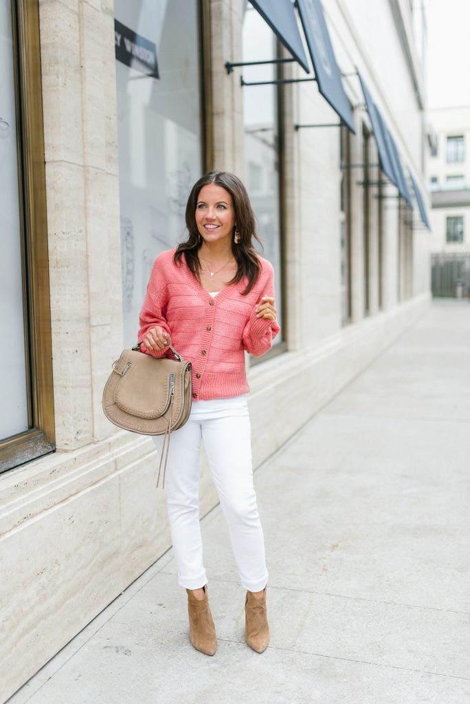 casual outfit | coral cardigan | white skinny jeans | Houston Fashion Blogger Lady in Violet