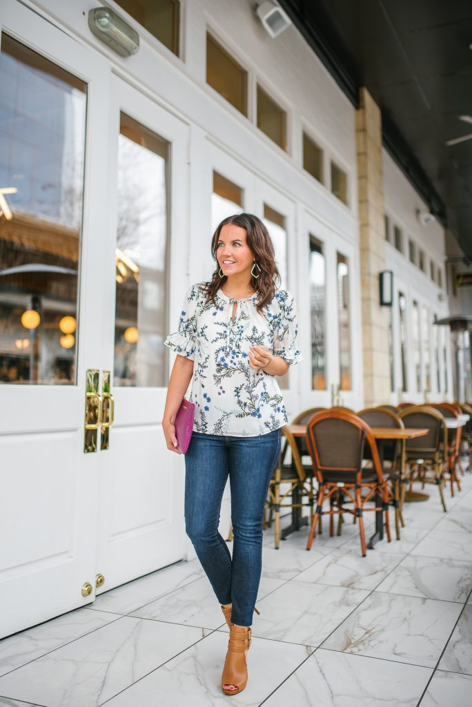 Spring outfit | floral top | blue skinny jeans | Petite Fashion Blogger Lady in Violet