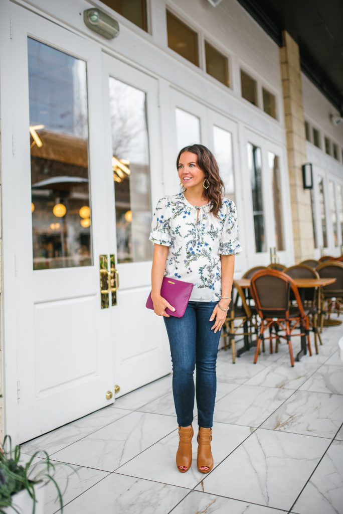 casual spring outfit | floral blouse | blue jeans | Houston Fashion Blogger Lady in Violet