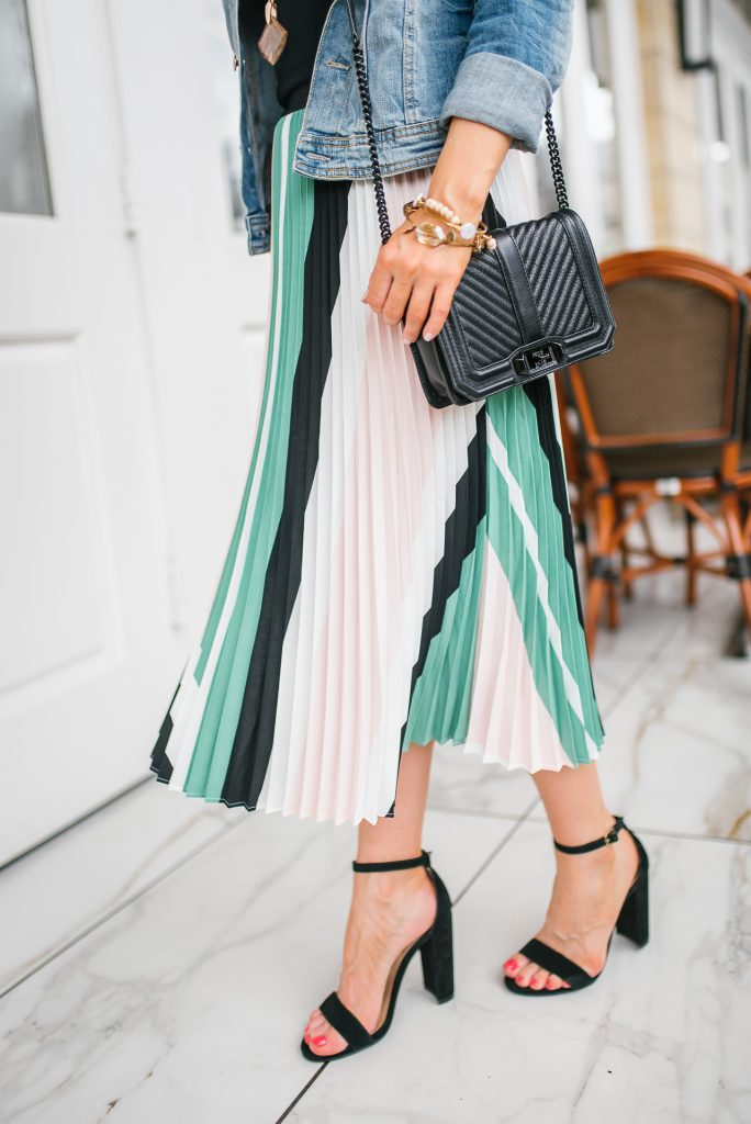 Summer workwear | pleated midi skirt | block heel sandals | Petite Fashion Blogger Lady in Violet