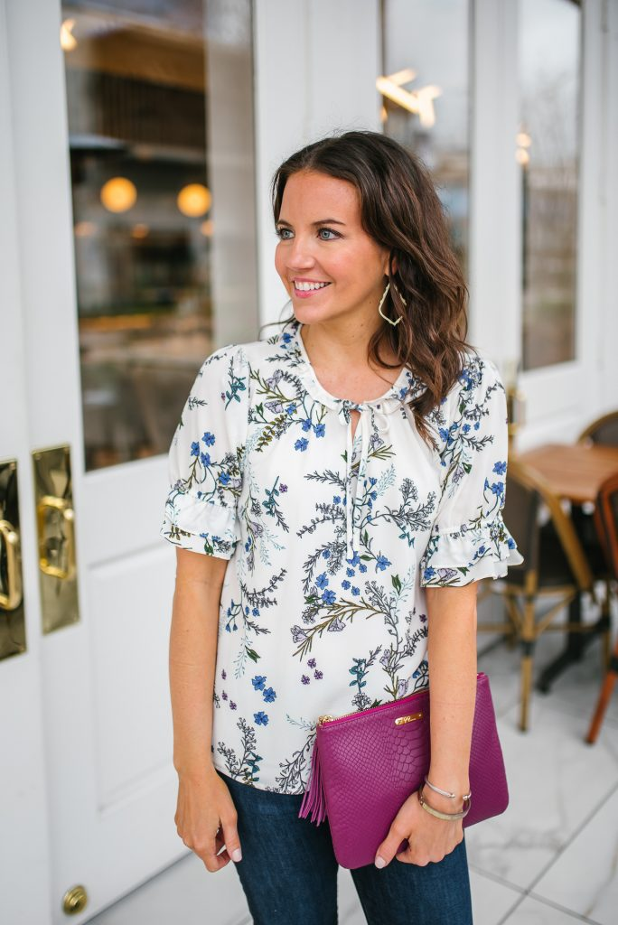 Casual outfit floral top | gold earrings | Houston Fashion Blogger Lady in Violet
