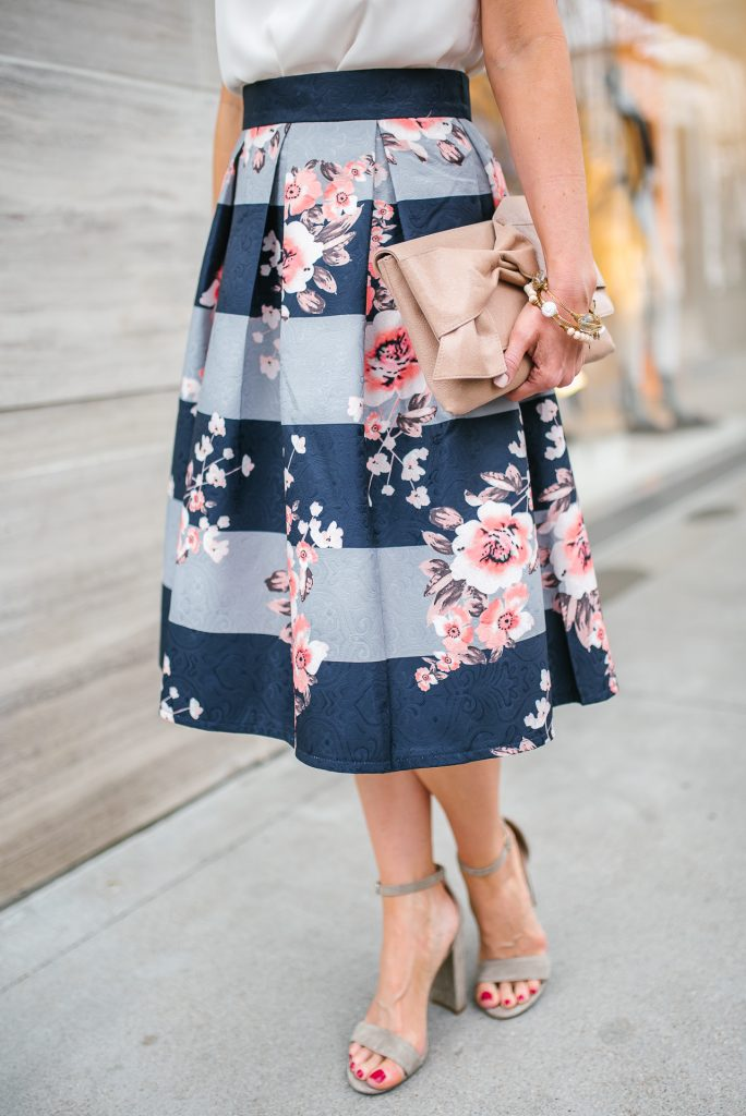 Petite fashion | floral midi skirt | block heel sandals | Houston Style Blogger Lady in Violet