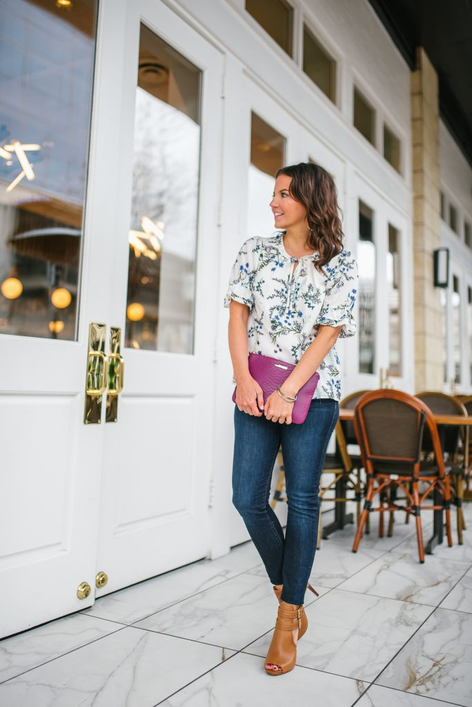 Spring outfits | floral top | dark blue jeans | Houston Blogger Lady in Violet