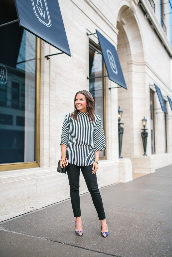 Date night outfit | striped top | black skinny jeans | Petite Fashion Blogger Lady in Violet
