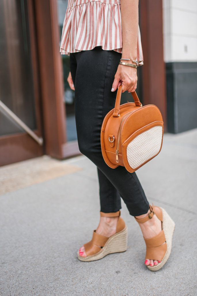 casual outfit | black skinny jeans | brown wedges | Petite Fashion Blogger Lady in Violet