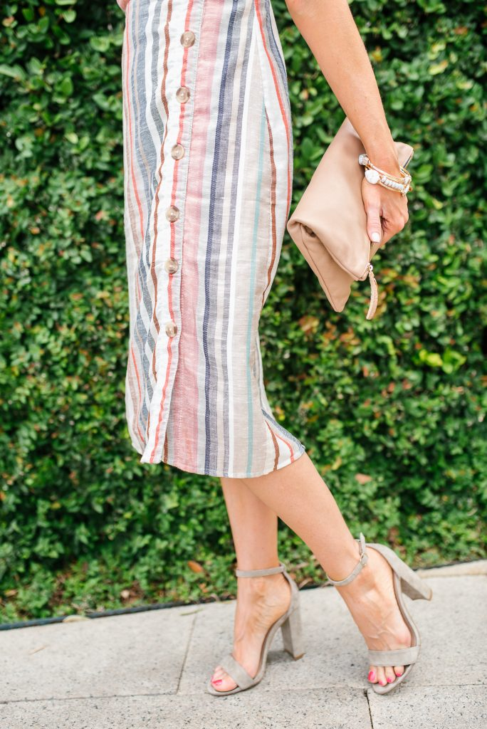 button front midi dress | summer date night outfit | taupe block heel sandals | Petite Fashion Blogger Lady in Violet