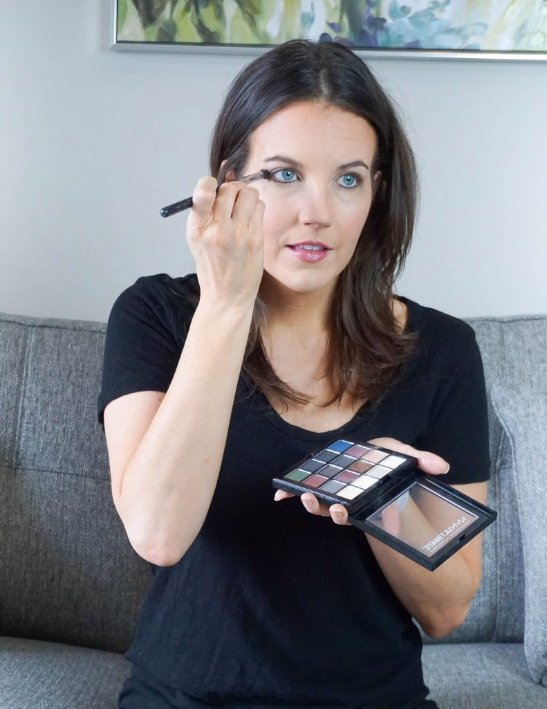 how to apply eye makeup using an eye shadow palette | Texas Beauty Blogger Lady in Violet