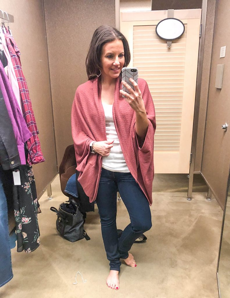 fall outfit | cocoon cardigan | dark wash skinny jeans | Houston Fashion Blogger Lady in Violet