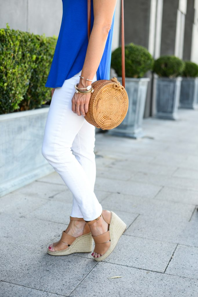 casual summer outfit | white skinny jeans | brown espadrille wedges | Petite Fashion Blogger Lady in Violet