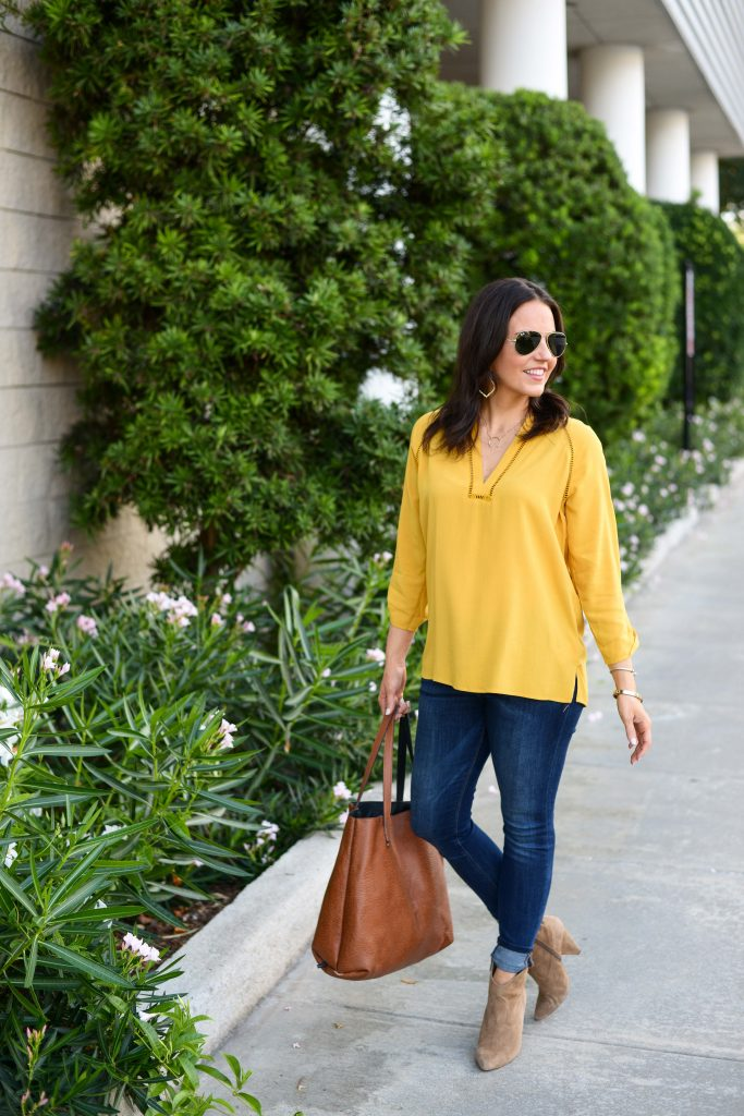 fall outfits | yellow vneck blouse | dark wash skinny jeans | Texas Fashion Blogger Lady in Violet
