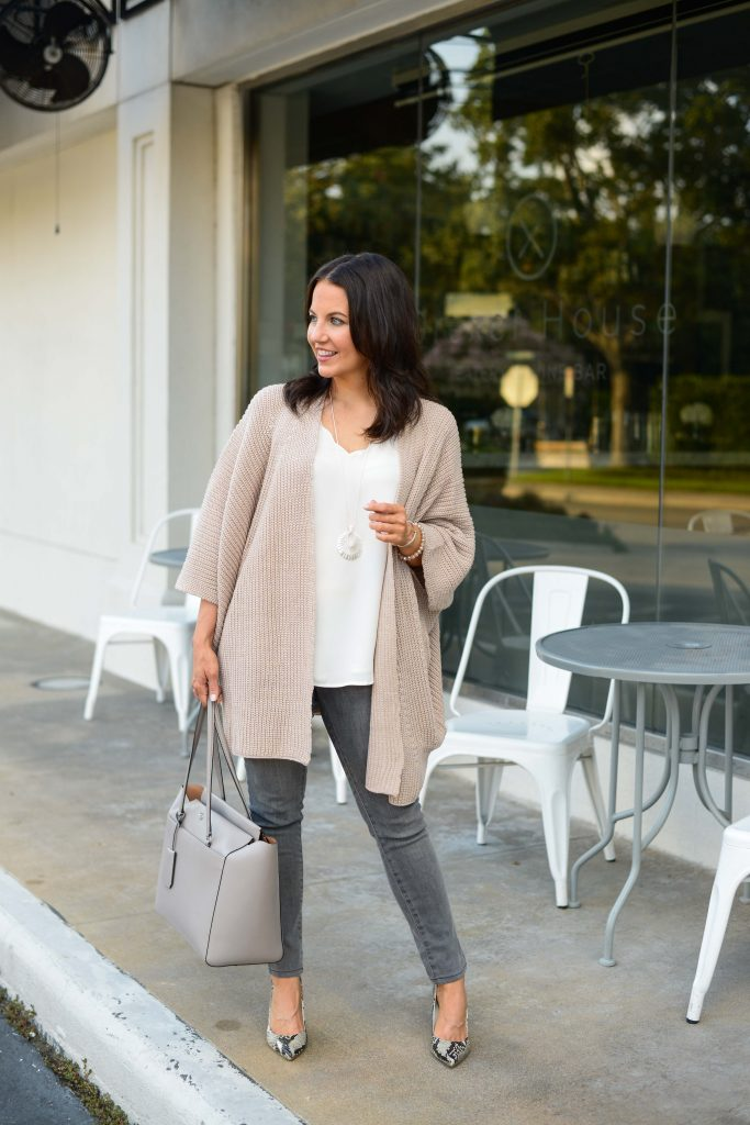fall outfit | pink cocoon cardigan | gray tote bag | Budget Friendly Fashion Blog Lady in Violet