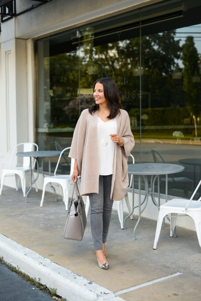 fall outfit | light pink cardigan | gray skinny jeans | Affordable Fashion Blog Lady in violet