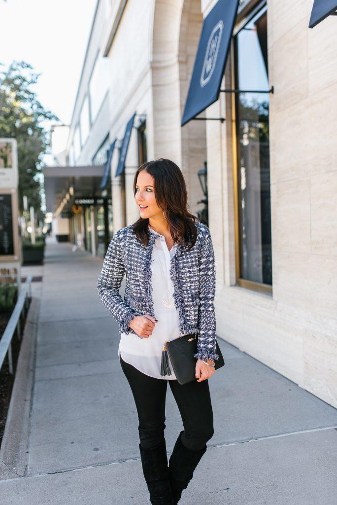 chic fall outfit   navy tweed jacket   white tunic blouse   Houston Fashion Blogger Karen Kocich