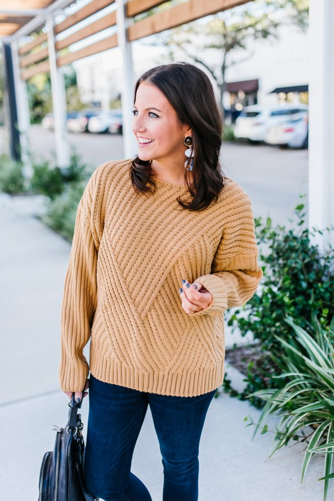thanksgiving outfit | comfy brown sweater | tortoise statement earrings | Houston Fashion Blogger Lady in Violet