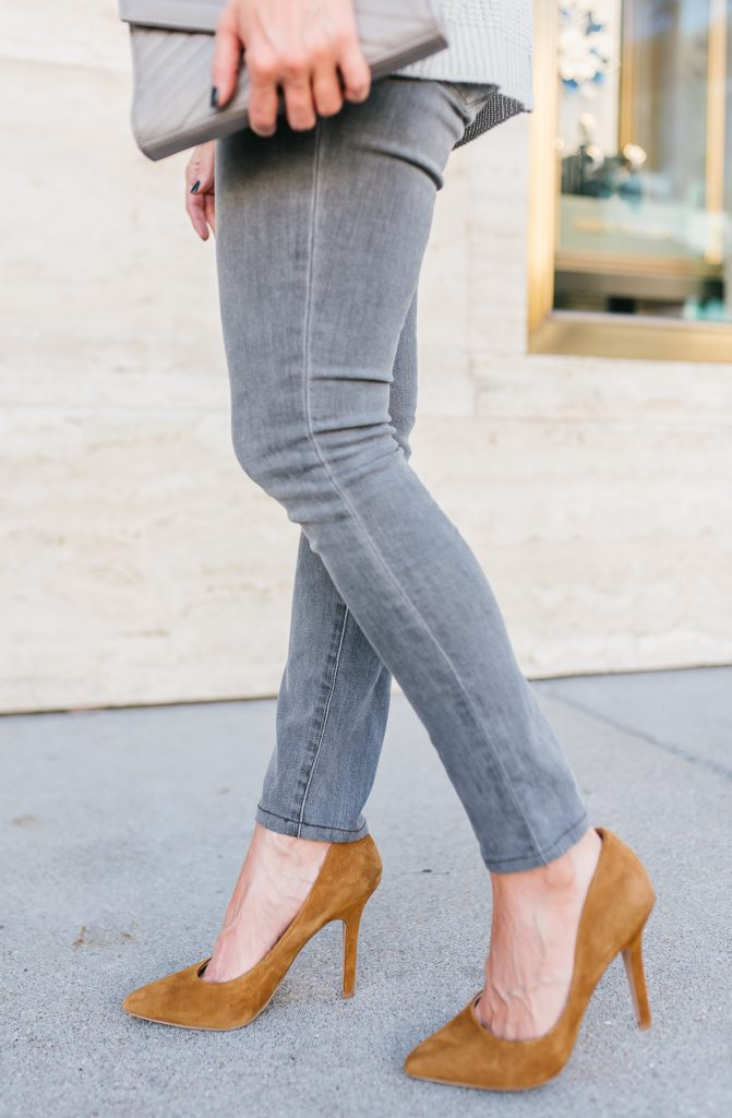 casual outfit | gray skinny jeans | light brown suede heels | Casual Fashion Blog Lady in Violet